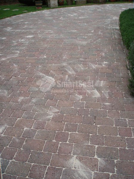 Monoblock paving after re-sanding